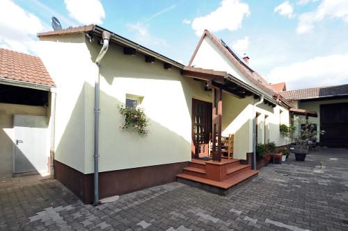Einfamilienhaus mit großem Bebauungspotential