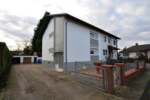 Saniertes Zweifamilienhaus in guter Lage von Philippsburg
